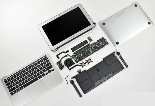 MacBookAir2010 despiece 500x343MacBook Air de 13 pulgadas